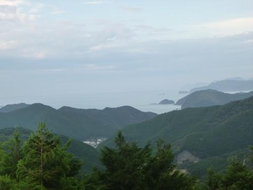 マンボウの丘から見る熊野灘
